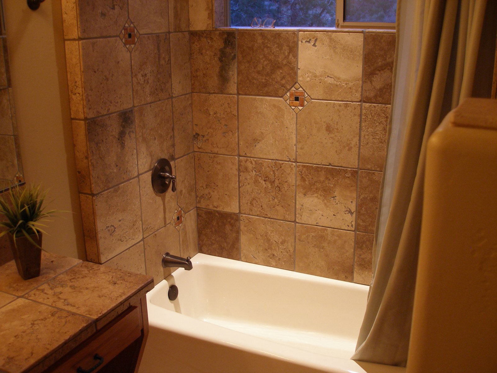 Javelina haven amenities vacation rental house in for Drop in bathtub shower combo